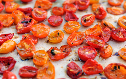 A New Way To Freeze Cherry Tomatoes Tasty Herb Roasted Bites The Tangled Nest